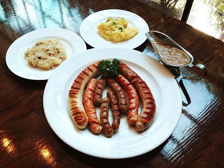 Mixed sausageplate with mashed potato, sauerkraut