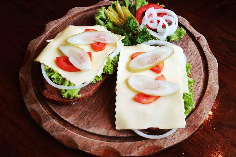 Cheese-bread-(Gouda)