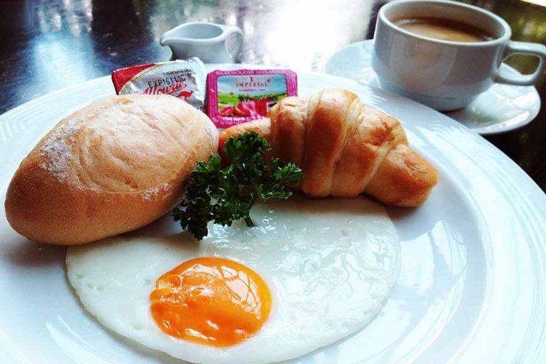 City-breakfast