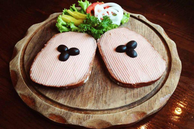 Liver-sausage-on-German-bread