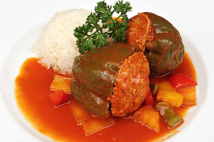 Minced-pork-filled-in-bell-pepper-with-rice