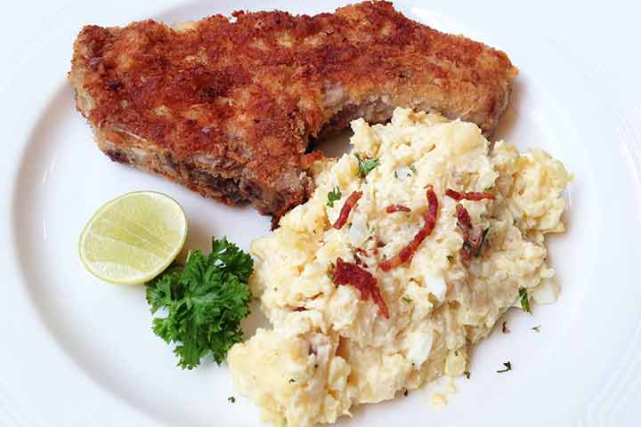 Pork-chop-coated-with-breadcrumbs