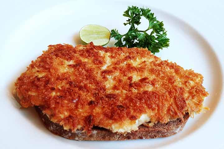 Pork-escalope-on-German-bread