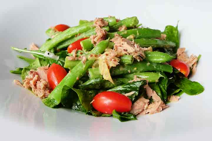 Rocket-salad-with-beans-and-tuna
