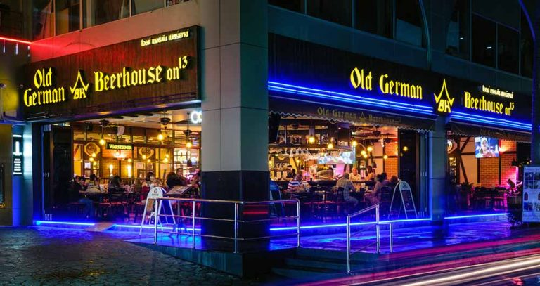 Old German Beerhouse - Soi 13